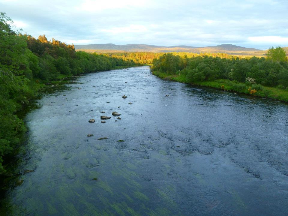Il fiume Tay in Scozia