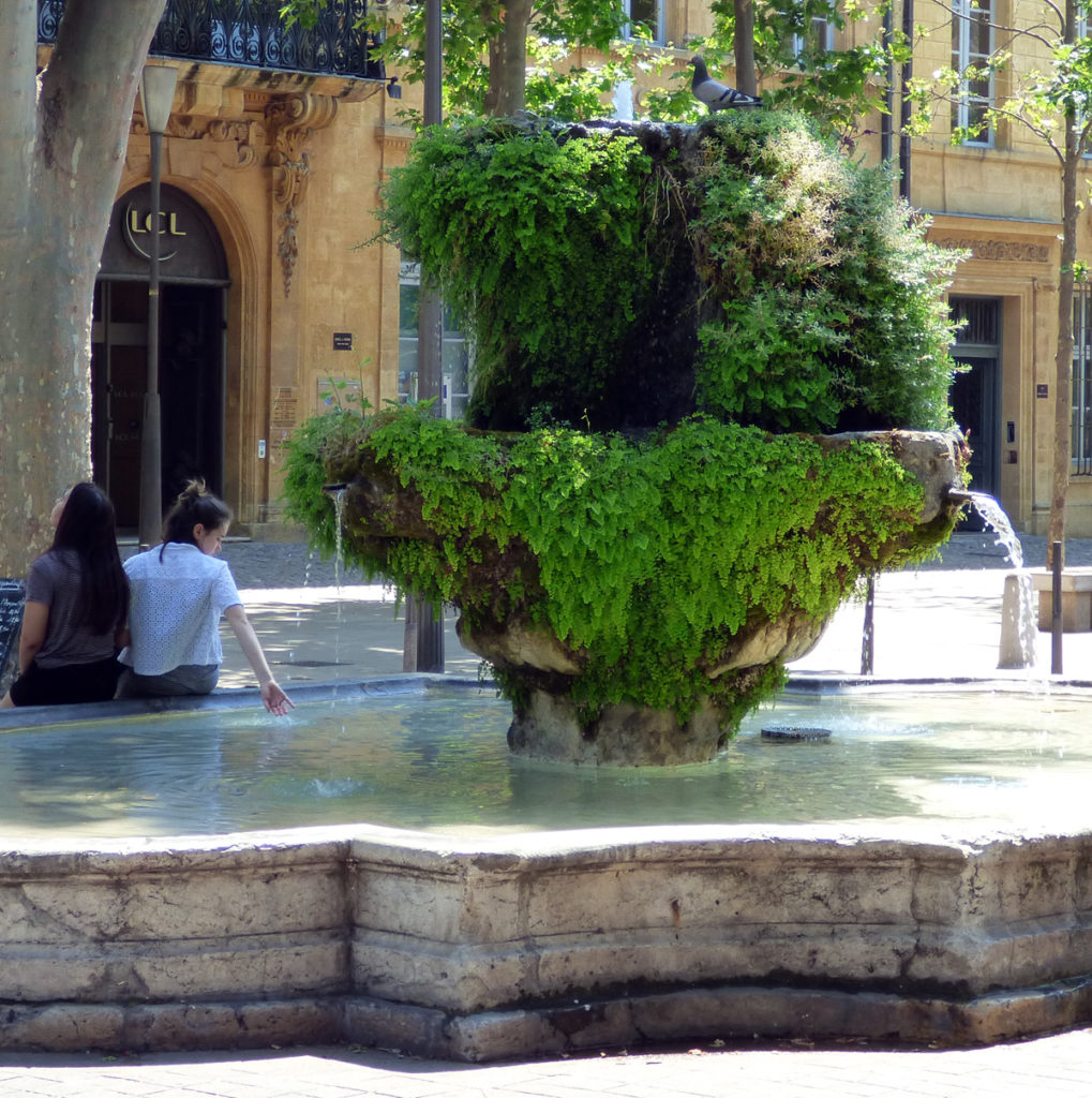 Fontaine des Neuf-Canons