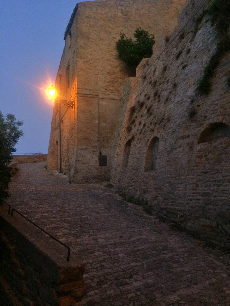 salita al castello