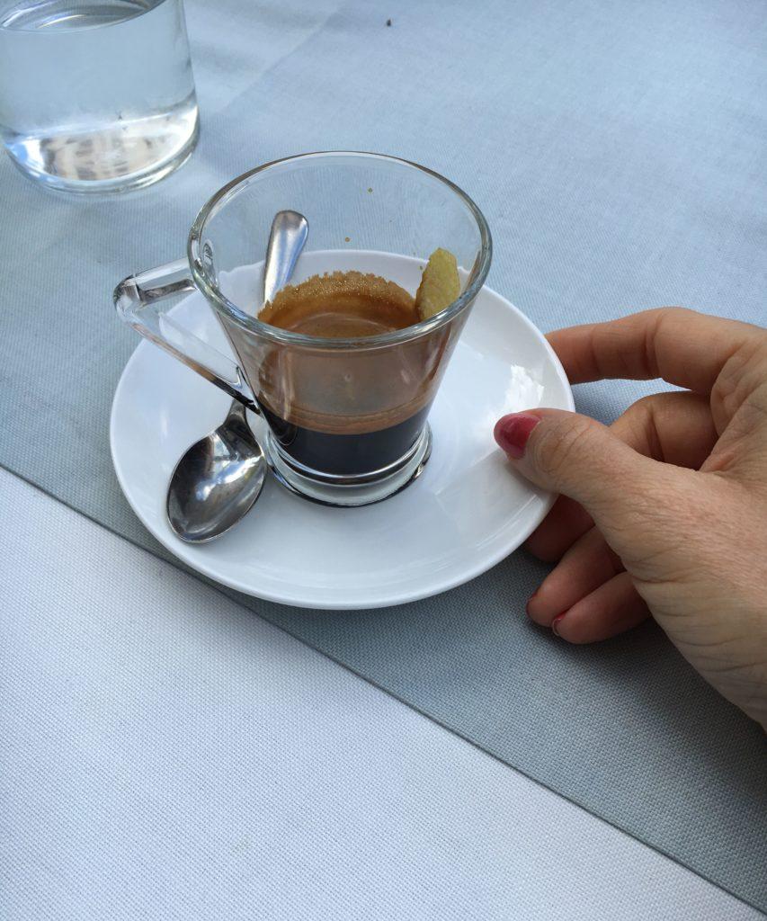 caffè con scorza di limone