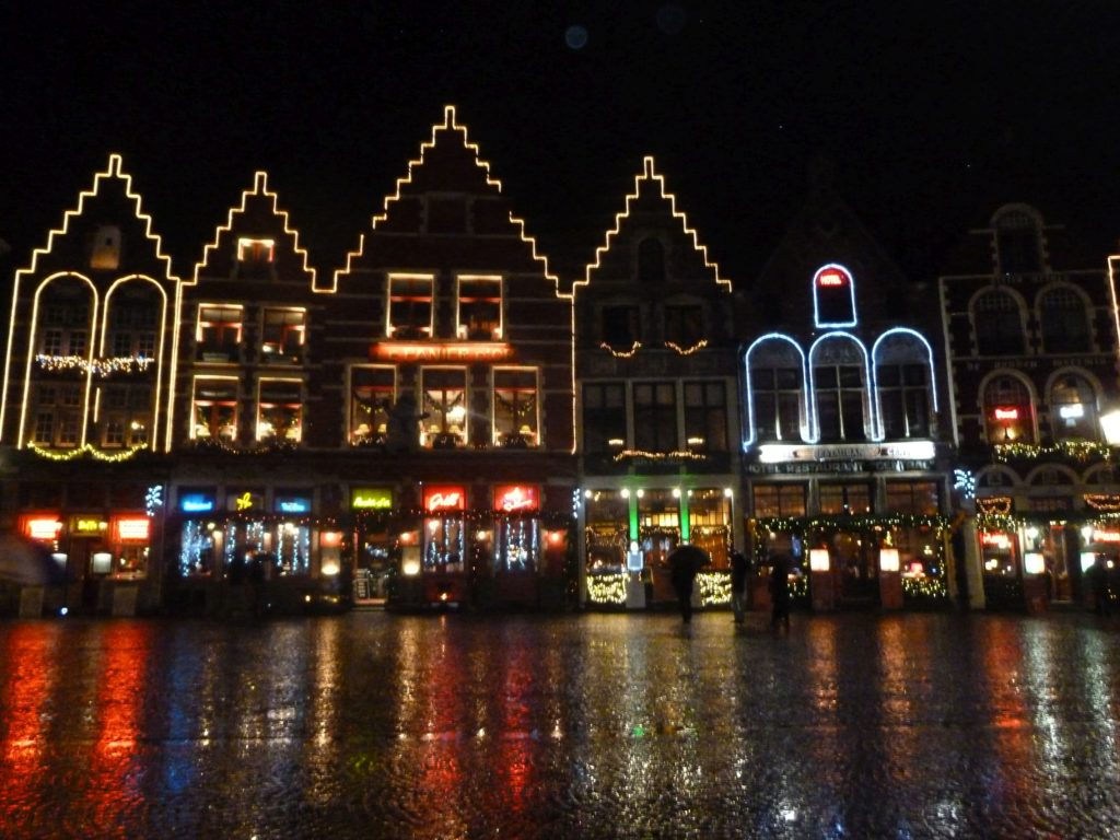 Markt Bruges di sera