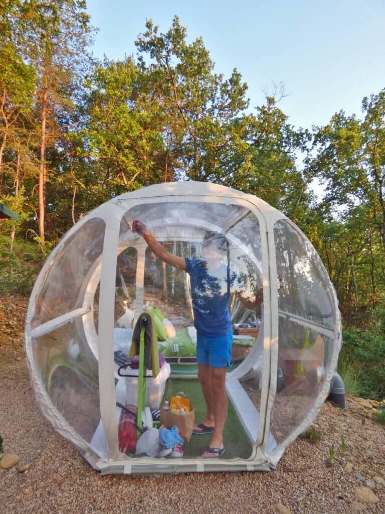 glamping in provenza esterno della bubble room