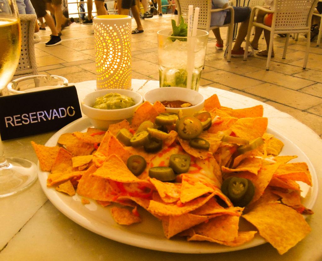 Café del Mar nachos