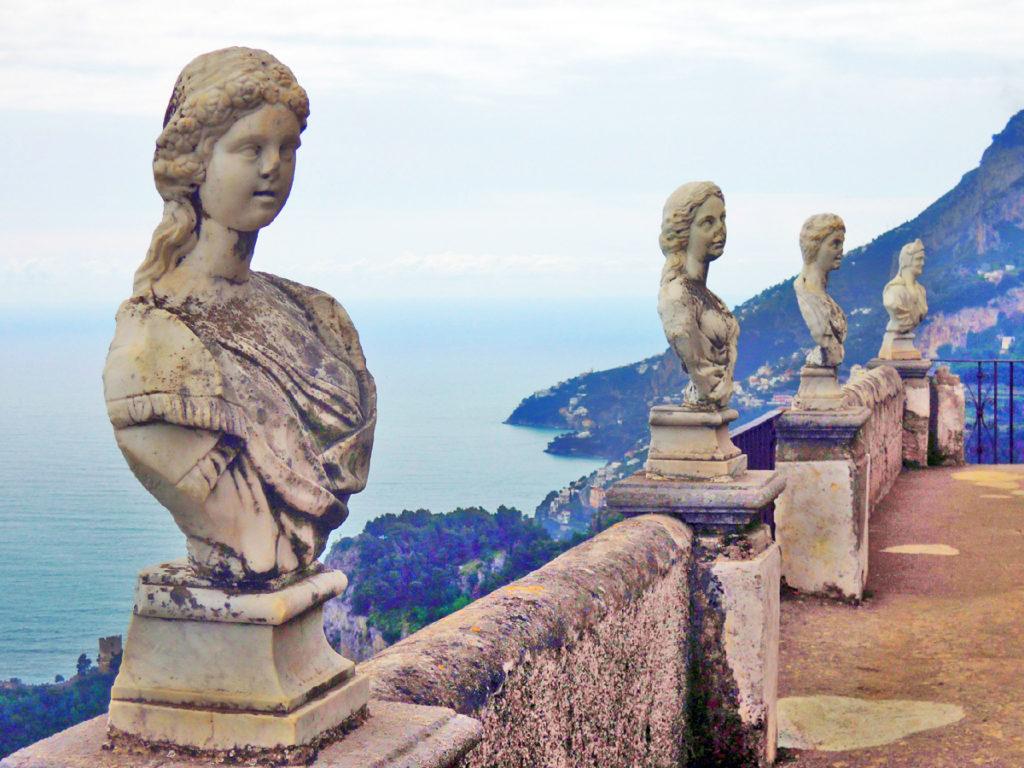 Busti a Villa Cimbrone