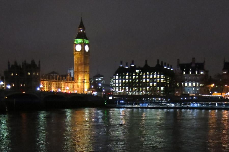 Il Big Ben di notte