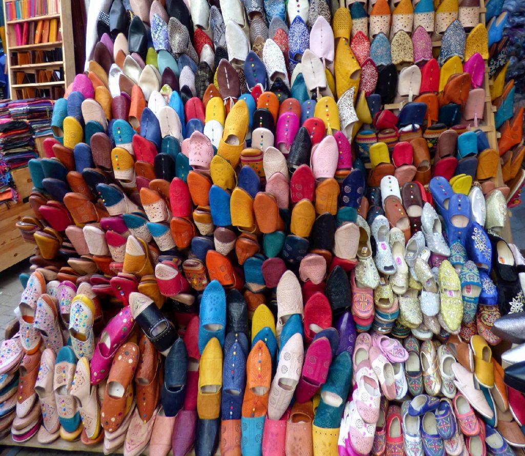 negozio di scarpe in Marocco