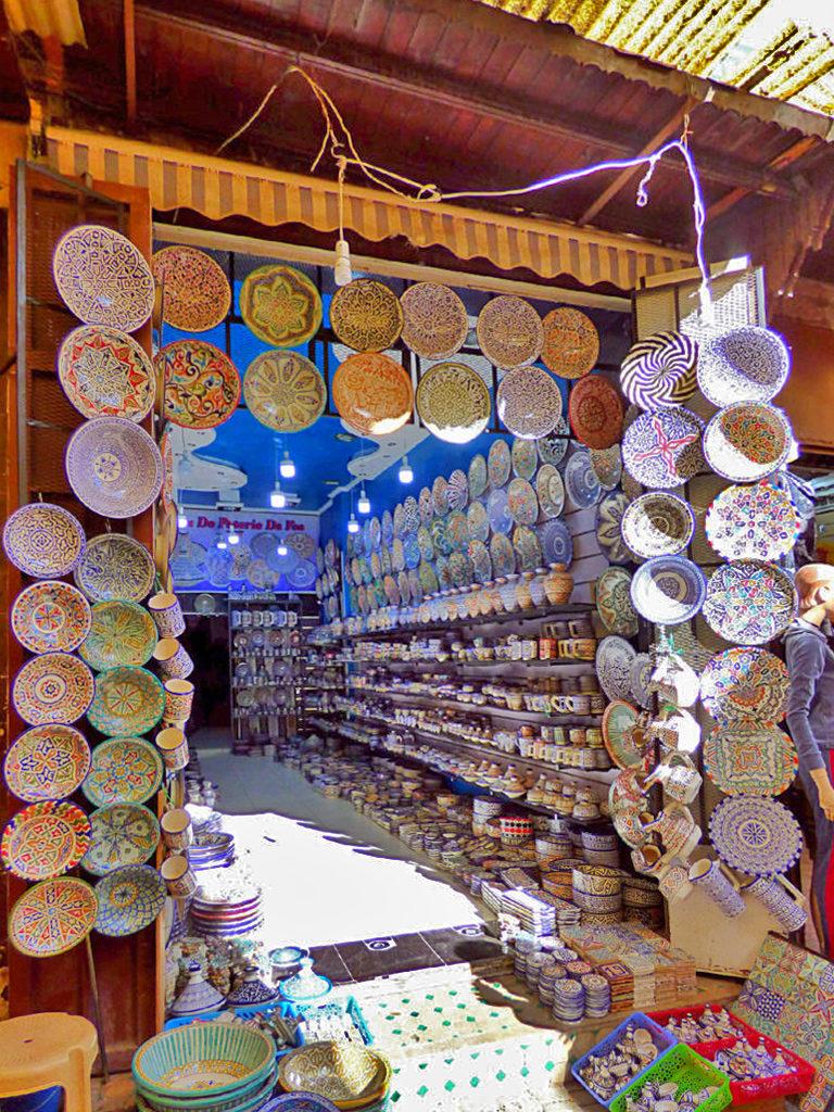 negozio di ceramiche in Marocco