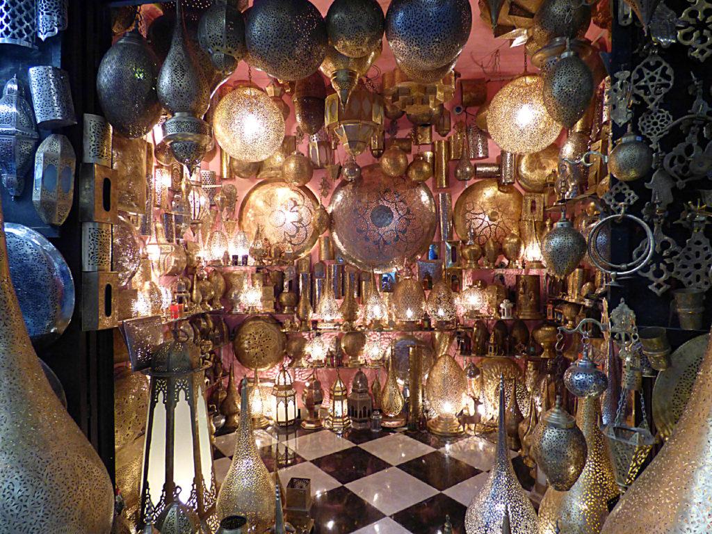 negozio di lampade a Fez