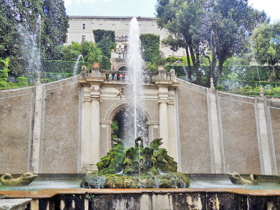 La fontana dei draghi