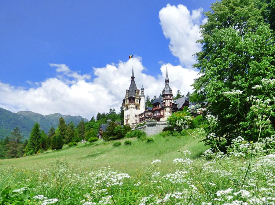 In Transilvania tra castelli, città pittoresche e leggende horror