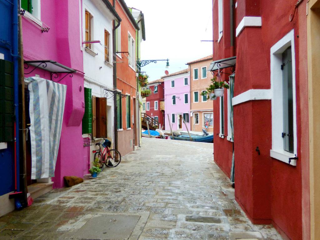 vicoli a Burano