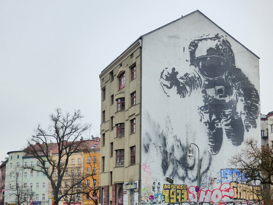 murales Berlino Astornauta