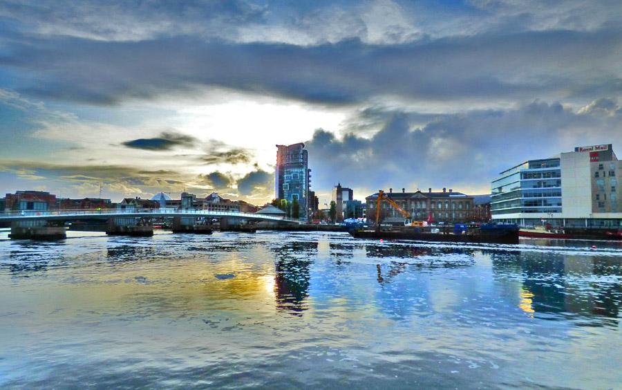Belfast al tramonto