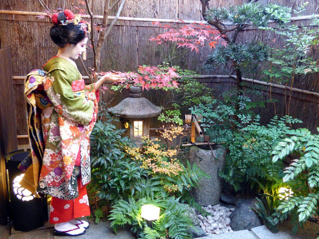 Travestirsi da geisha