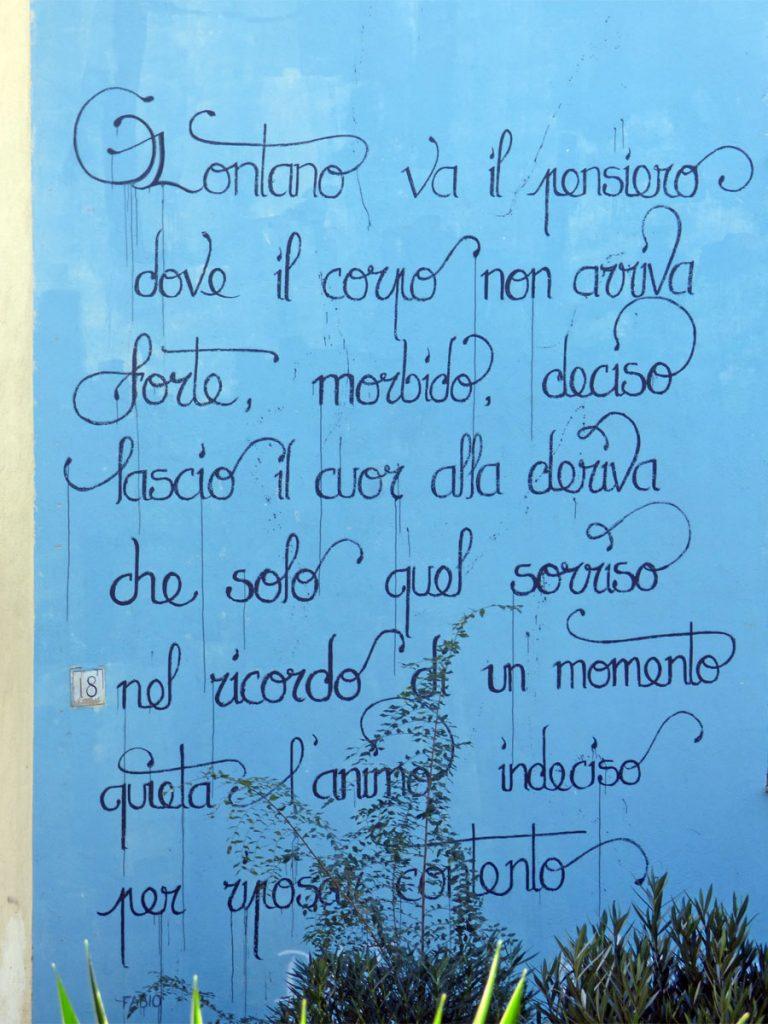 poesia su muro al Trullo Roma